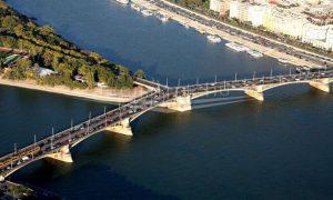 Reconstruction of Margit bridge